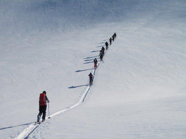Curso de esqui de travesia avanzado en pirineos,guia de montaña UIAGM